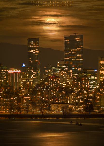 Vancouver's Supermoon