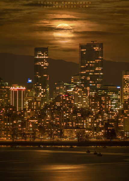 Vancouver's Supermoon